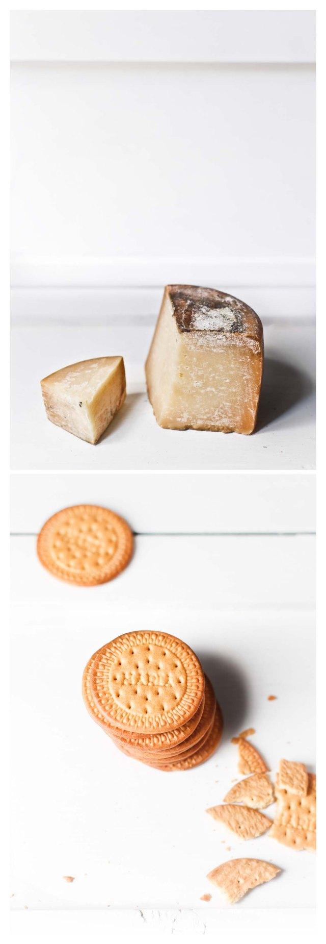 queso curado y galletas María