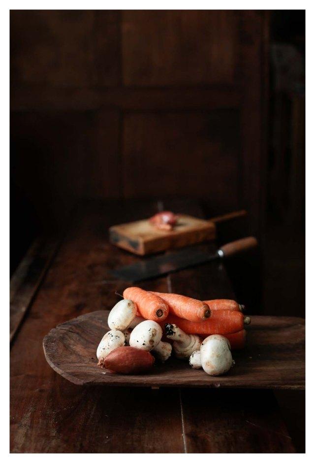 zanahorias, champiñones y chalotas