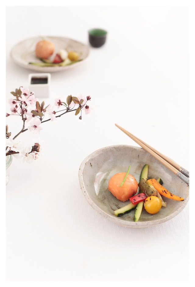 temarizushi y verduras en amazu